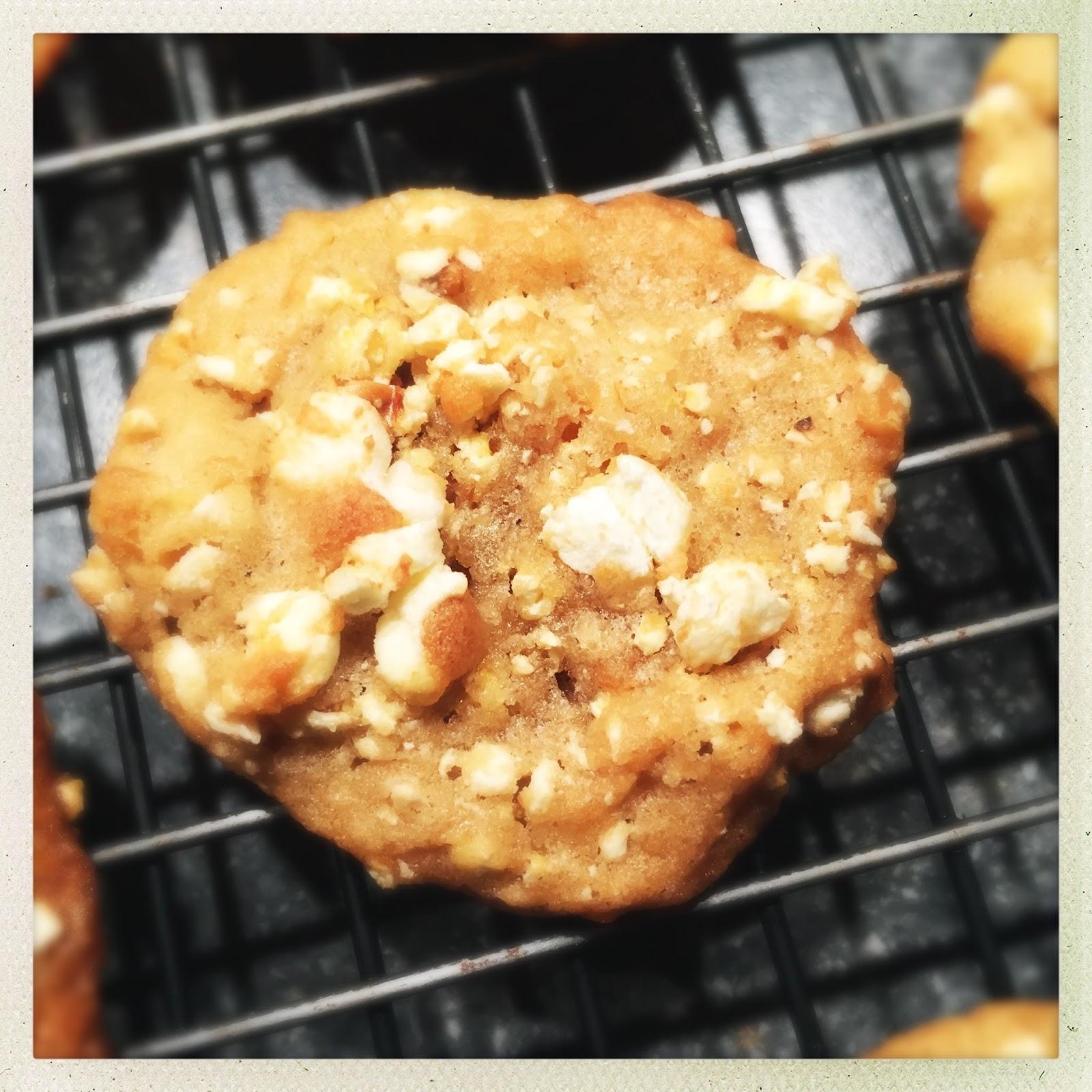 SOUNDING MY BARBARIC GULP!: Buttered Popcorn Cookies