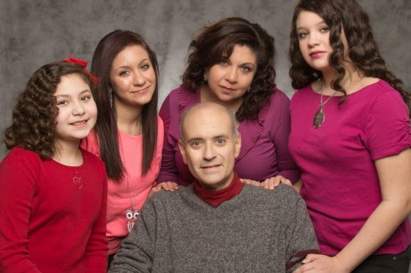 Gonzalo Duque Soto Nuestro Homenaje. Esposa Yanira hijas Nicole, Danielle, Mia,