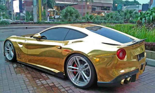 Ferrari F12 Ouro