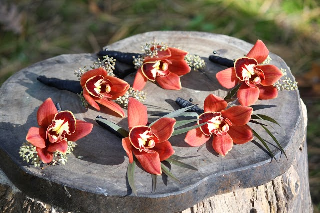 Orchid boutonnieres- Boutonnieres - Wedding Flowers - Groom - Usher - Best Man - Groomsmen - Ushers - Groom's Boutonniere