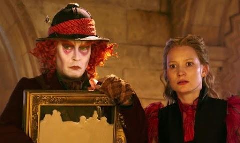 'Alicia a través del espejo' se apodera de nuestra taquilla este 2016..