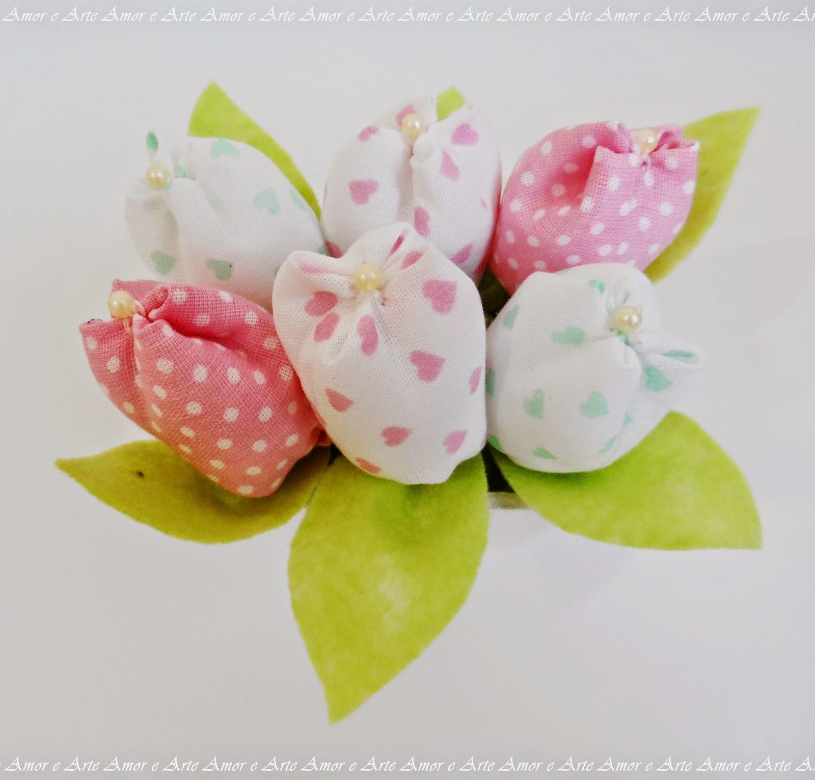 Vasinho de tulipas - Kit Higiene, meninas
