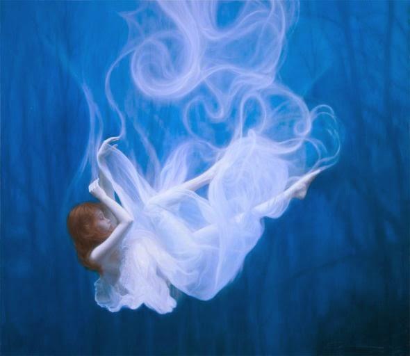 Dorian Vallejo pinturas belas mulheres flutuando sonho