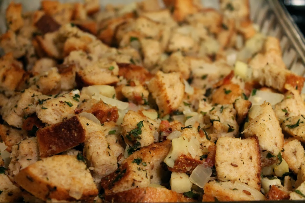 Cook In / Dine Out: Rye Bread Stuffing