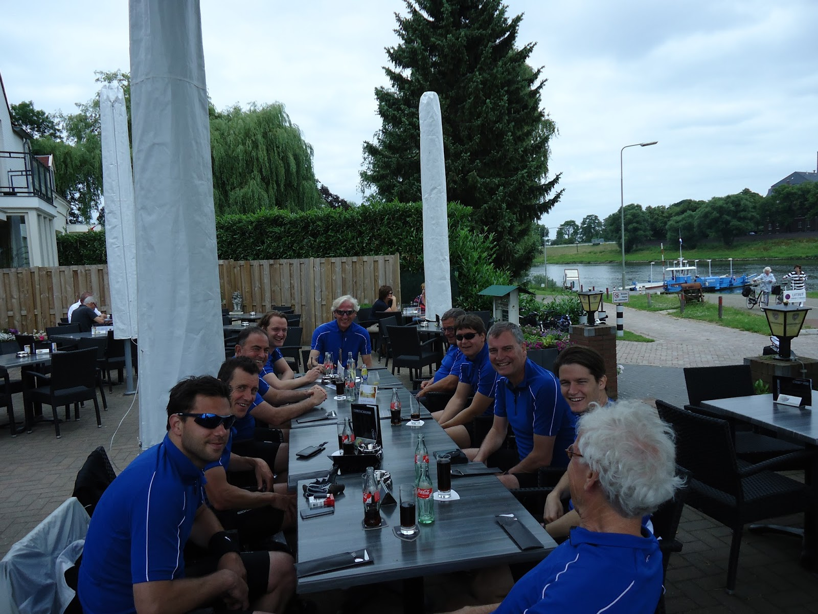 Fietsen 2013: Veldhoven - Praag: Eerste etappe (donderdag ...