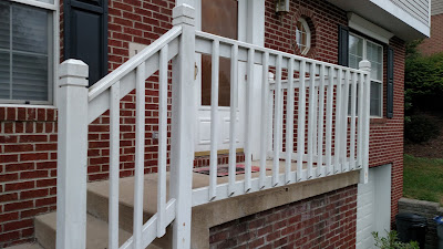 Front Porch Painting - Venetia
