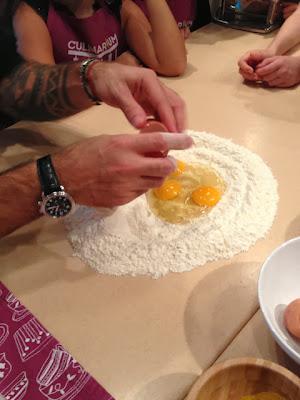 замешиваем тесто на пасту