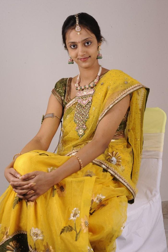 Ntr Wife Lakshmi Pranathi Ntr And Lakshmi Pranathi