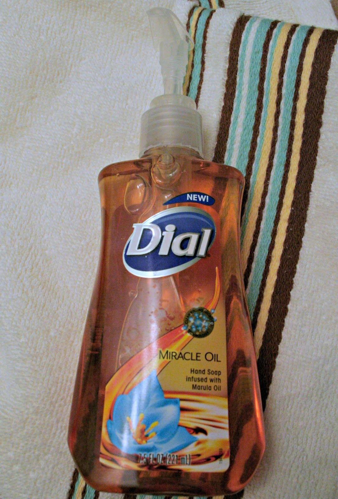 Dial Miracle Oil hand soap, Conditioning soap, giveaway, refreshing moisture hand soap, Deep cleansing hand soap