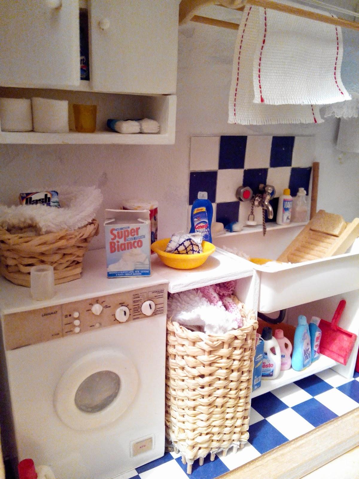 Le mini di claudia il mondo in scala 1 12 la lavanderia - Mobile stiro mondo convenienza ...
