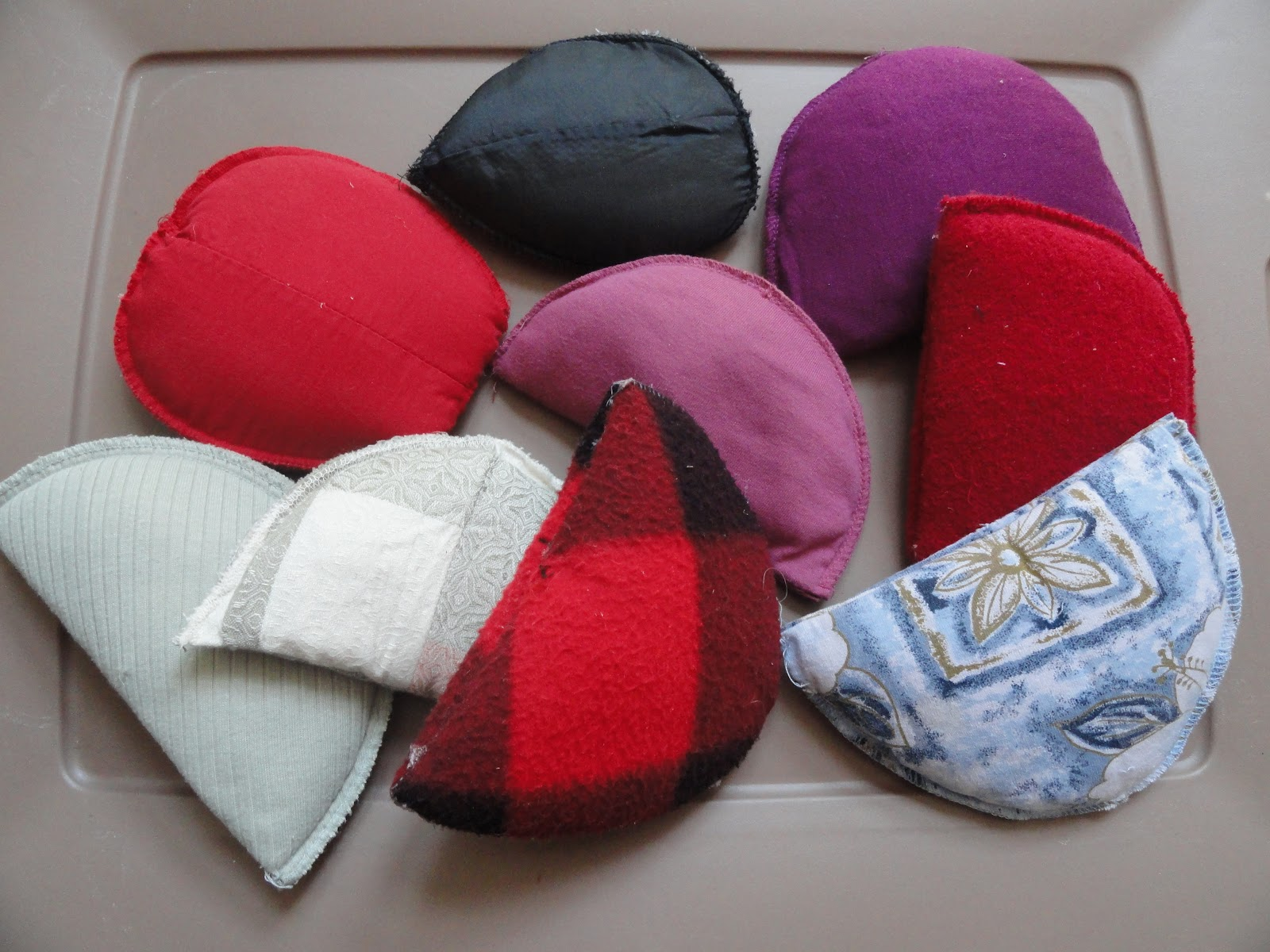 Creating magical moments jiffy nifty bean bags for Hand shaped bean bags