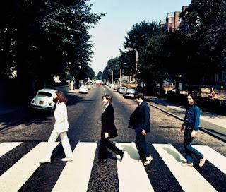 Famosa portada del álbum Abbey Road de The Beatles.