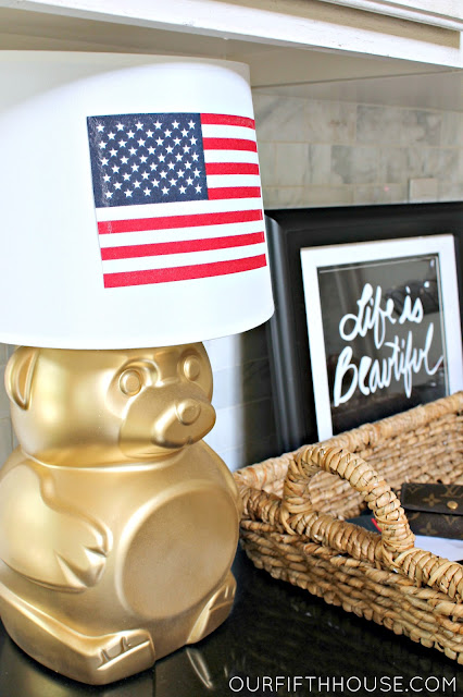gold bear lamp animal crackers