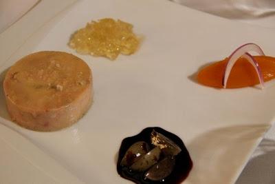 Terrina de Foie Mi-Cuit  al Tronchón con confitura de Zanahorias, Gelée de Castadiva y Uvas al Vino Tinto. BLOG ESTEBAN CAPDEVILA