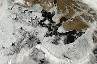 http://map2.vis.earthdata.nasa.gov/imagegen/index.php?TIME=2014178&extent=802774.79527758,312841.20472242,2154454.7952776,1211913.2047224&epsg=3413&layers=MODIS_Terra_CorrectedReflectance_TrueColor&format=image/jpeg&width=2640&height=1756