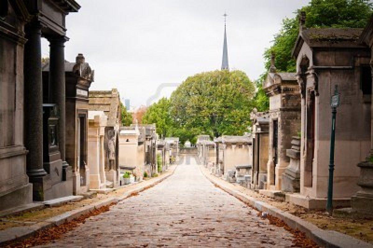 http://2.bp.blogspot.com/-vOyLxLVhv2k/UD8Nx7wTkaI/AAAAAAAAIzs/2l8faJ6I4Ro/s1600/Pere+Lachaise+Cemetery.jpg