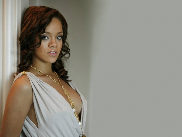 Rihanna Hot New HD Wallpapers
