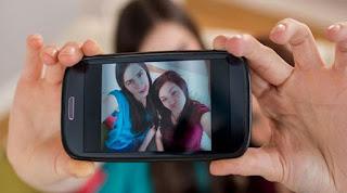 Hal Mainstream Yang Sering di Lakukan Dengan Kamera Handphone
