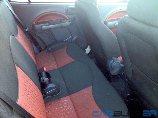 Fiat Uno Sporting 2013 - interior