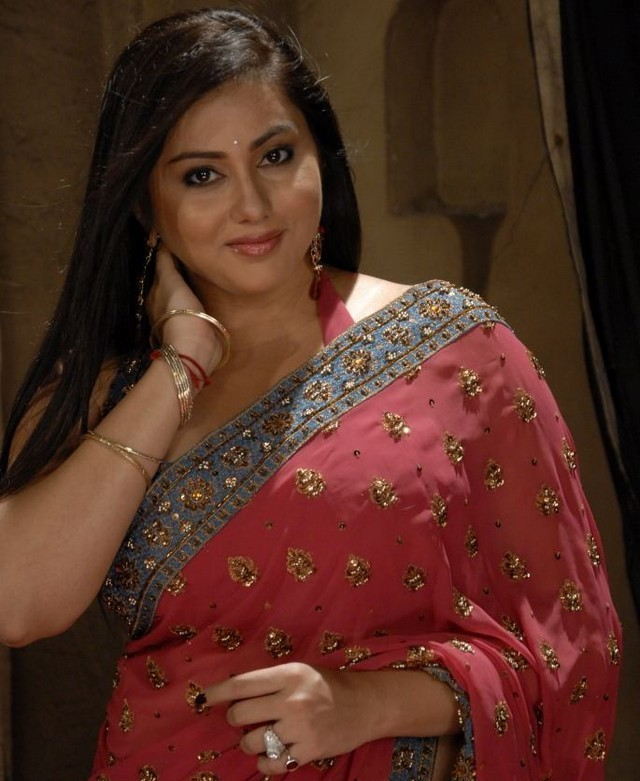 Actress Namitha Stills in Saree hot photos