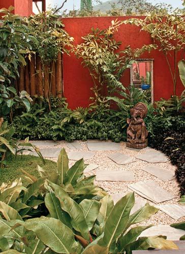 jardim quintal grande : jardim quintal grande: em Cuiabá, DEVILLEX JARDINAGEM, Várzea grande e região: Março 2012