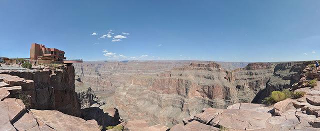 Grand Canyon Skywalk - Arizona