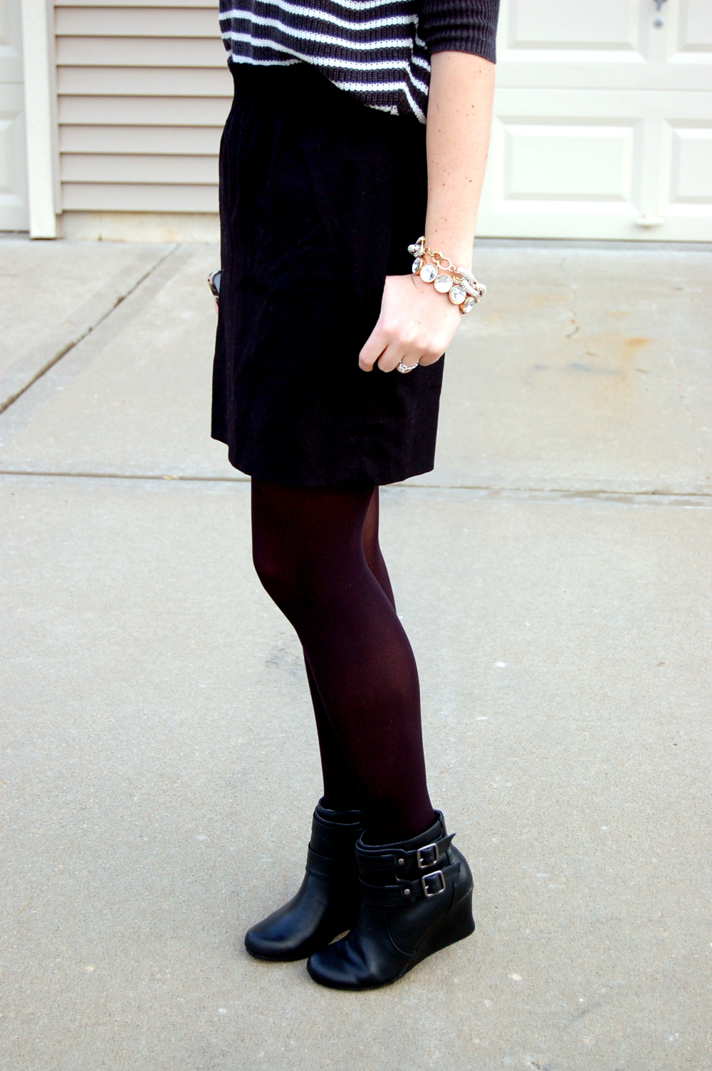 outfit ideas for a black skirt