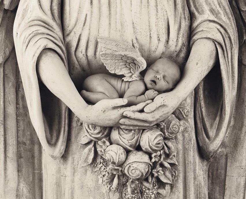 Passarinhos No Telhado Para Uma Mãe Que Perdeu Seu Bebê
