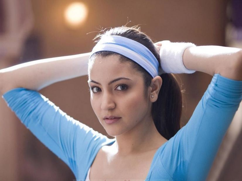 anushka+sharma+hot+wallpapers