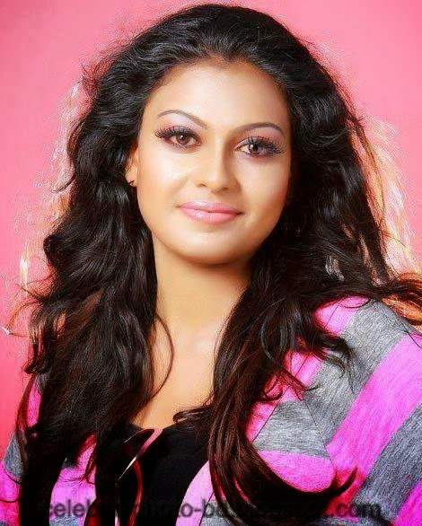 Stunning+Anusree+Hot+Unseen+Private+Pics006
