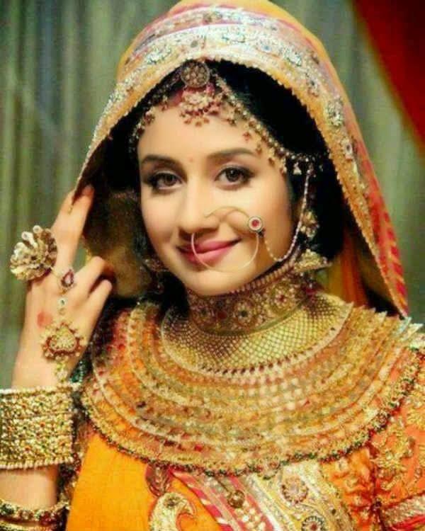 Profil & Biodata ( Paridhi Sharma ) Pemeran Jodha di Serial JODHA AKBAR