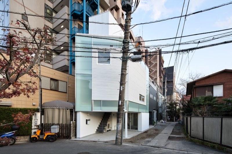membangun-desain-bangunan-rumah-tinggal-minimalis-lahan-sempit-yoritaka hayashi-ruang dan rumahku-003