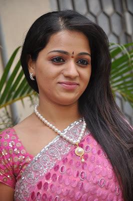 reshma new saree hot images