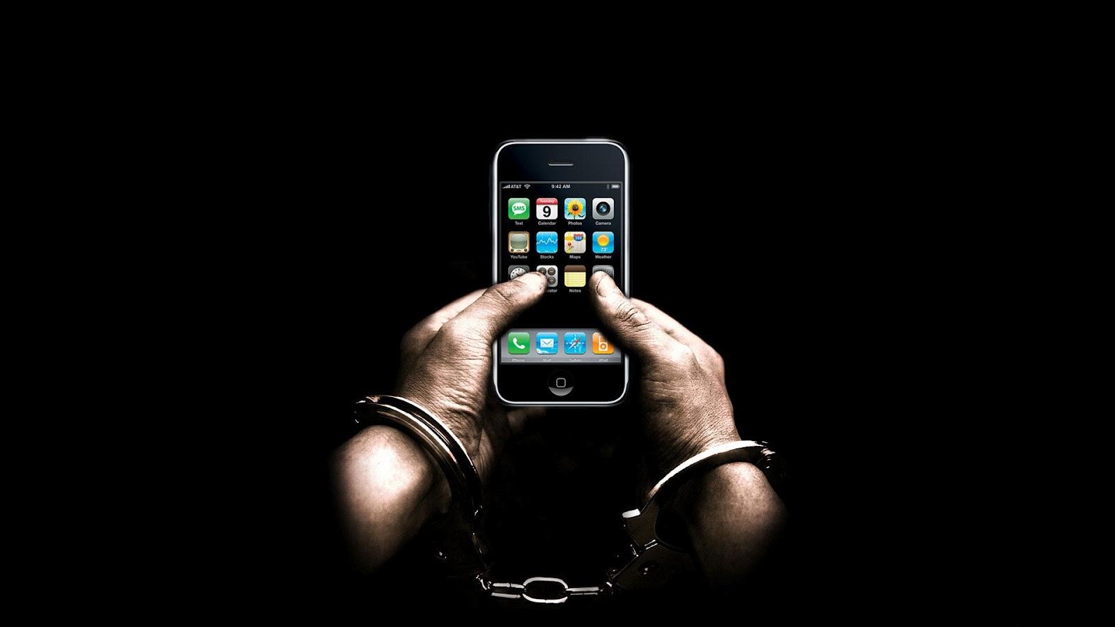 http://2.bp.blogspot.com/-vQqnTc3uF-U/T4rTOPb7uPI/AAAAAAAAAe0/mArpVuIQfeA/s1600/iPhone-Fetters-Funny-Desktop-Wallpaper.jpg