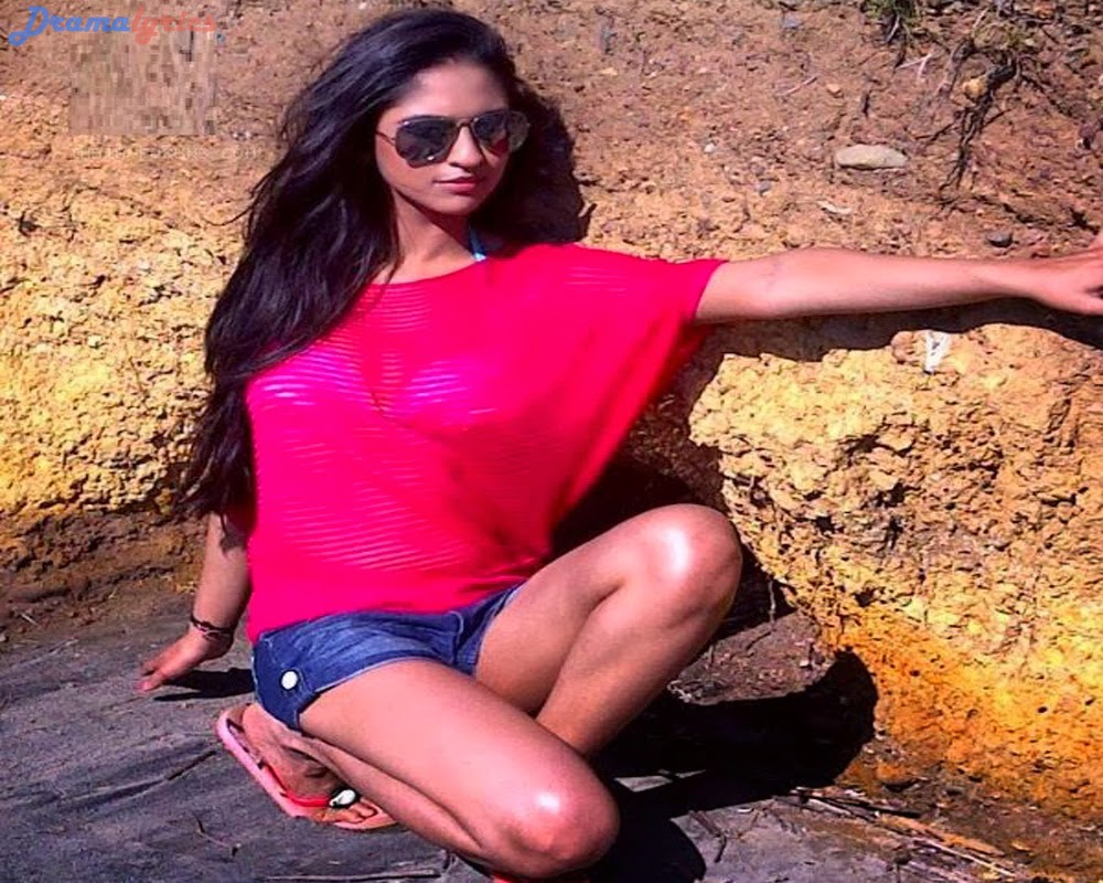Actress sonakshi singh is live from new zealand 9