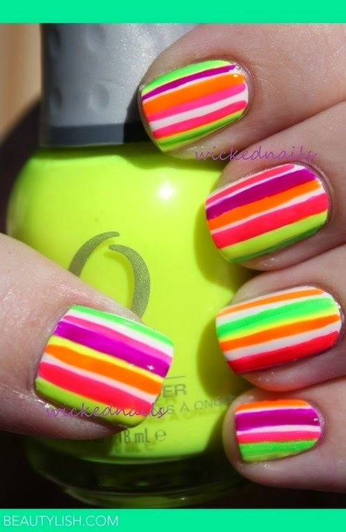 uñas acrilicas: decorado de uñas