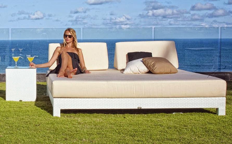http://www.portobellostreet.es/mueble/37815/Cama-chill-out-de-jardin-Melqui