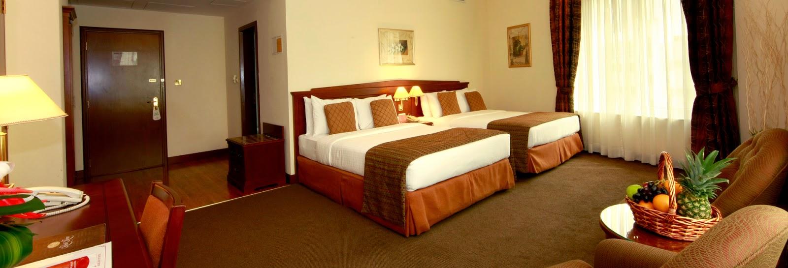 Howard johnson bur dubai 3 star hotels in dubai april 2015 for Star boutique hotel dubai