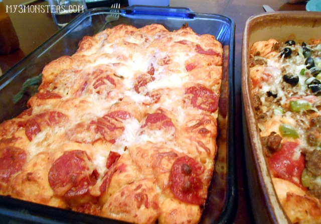 Super easy weeknight dinner idea: Grands! Pizza Bake recipe at my3monsters.com