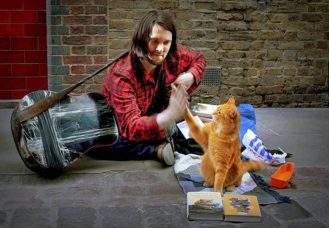 """James Bowen y """"Un gato Callejero llamado Bob"""""""