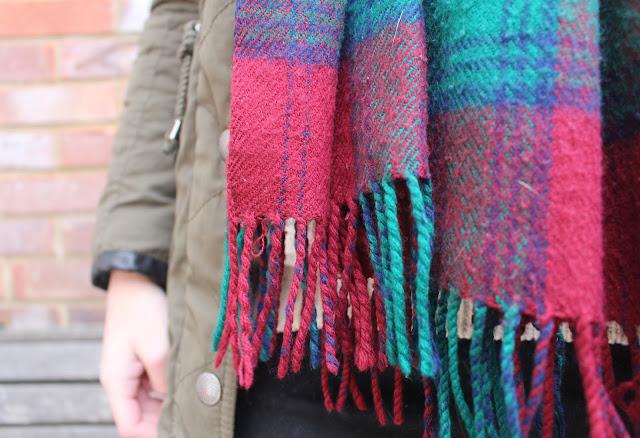 scarfs Primark Newlook Topshop winter tartan