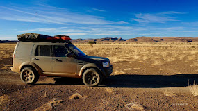 Im Land Rover Discovery fahre ich