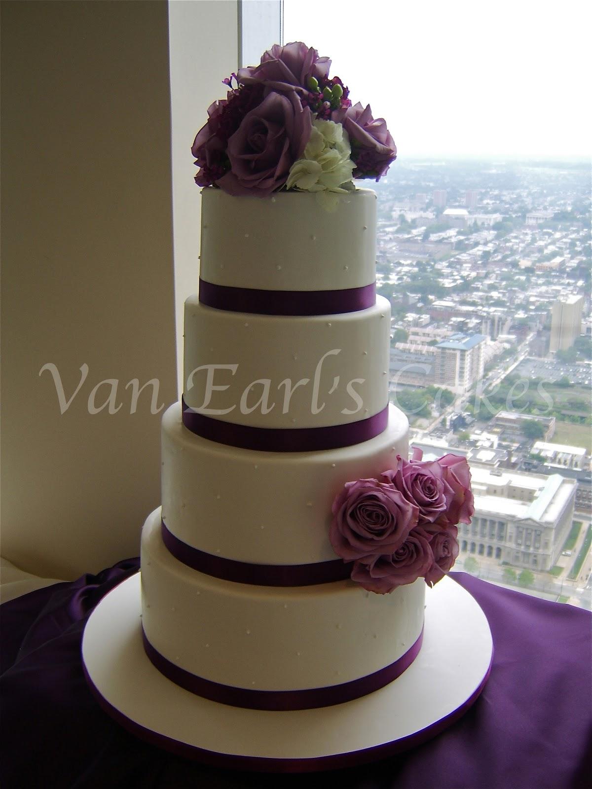 Van Earl s Cakes Purple Rose Theme Wedding Cake