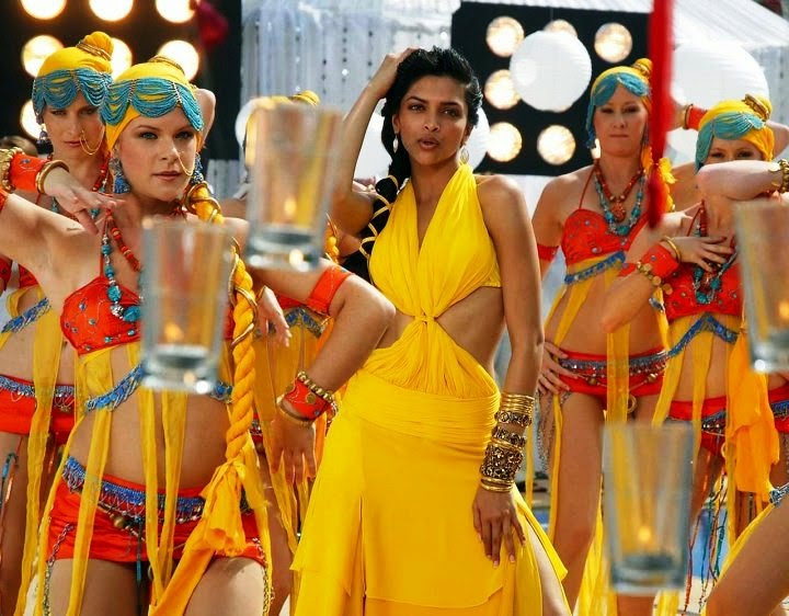 Deepika Padukone in Yellow Mini Skirt HD Pics wardrbe malfunction upskirt in her film song