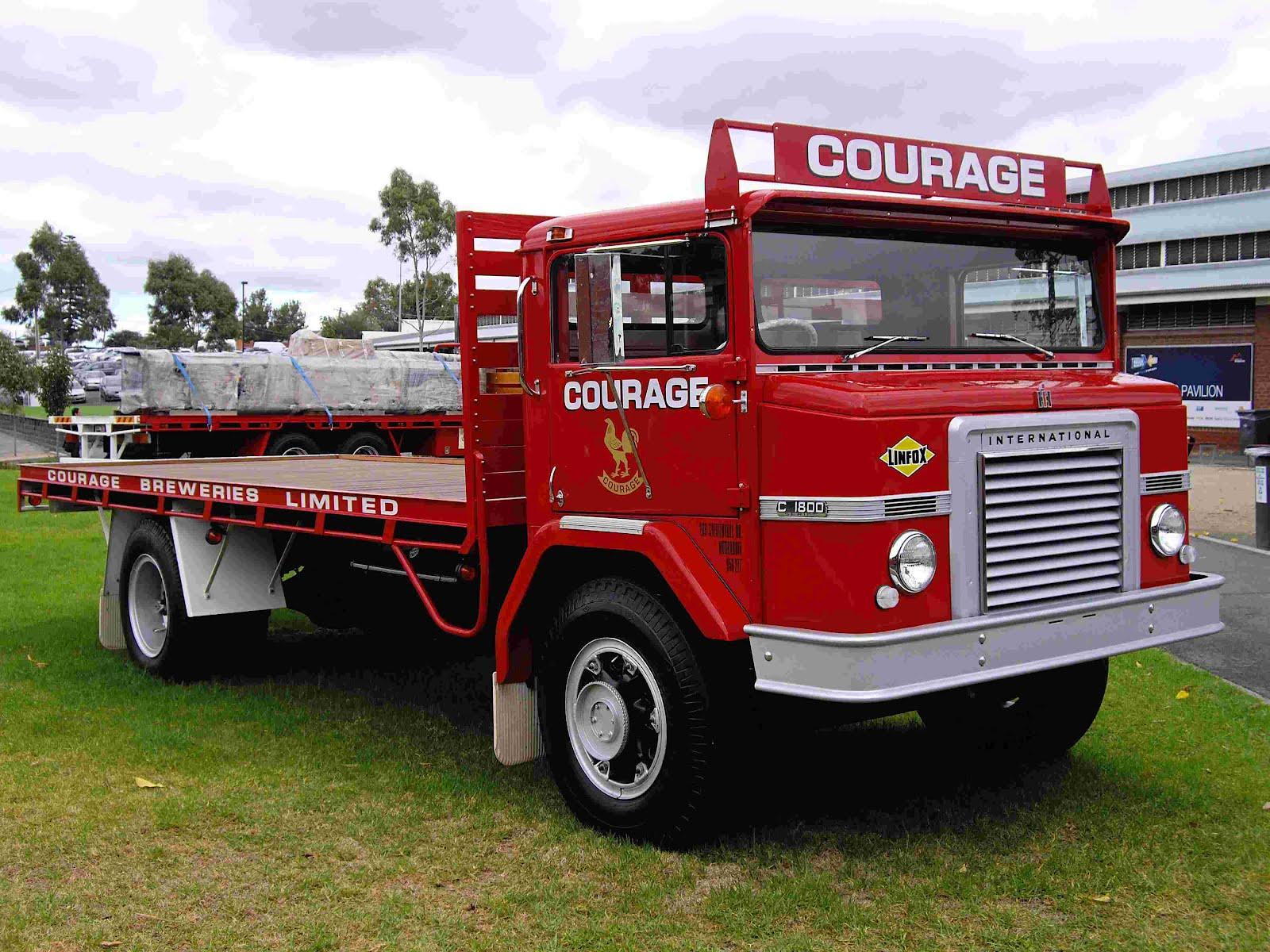 Historic Trucks Melbourne International Truck Show 2012