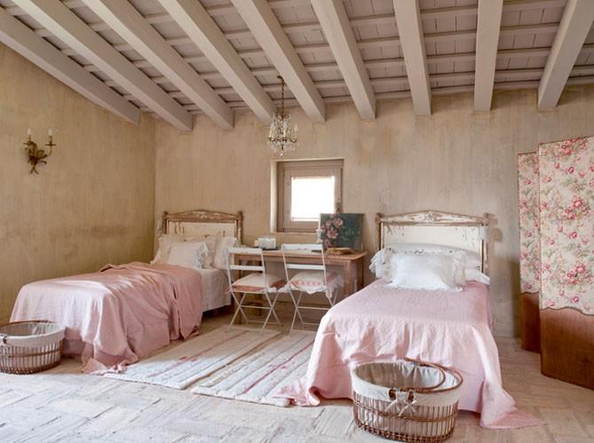 vivre antibes la vie en rose. Black Bedroom Furniture Sets. Home Design Ideas