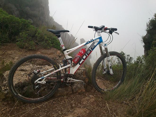 Puig de les Agulles (Begues)