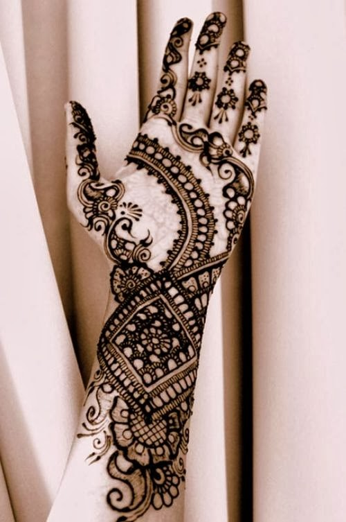Mehndi Designs With Flowers : Beautiful henna flower designs for any festivals
