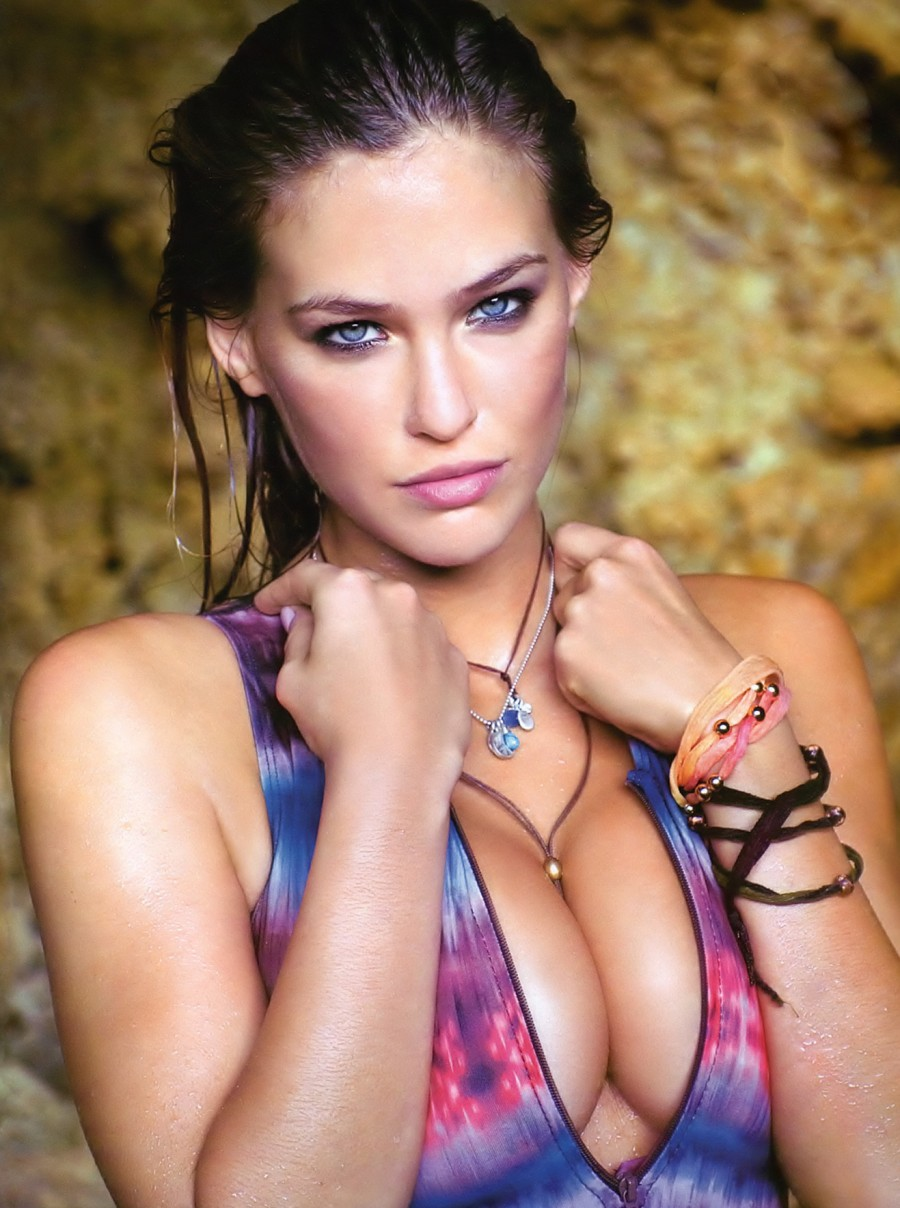 Sexy Hot Israeli Woman - Bar Rafaeli