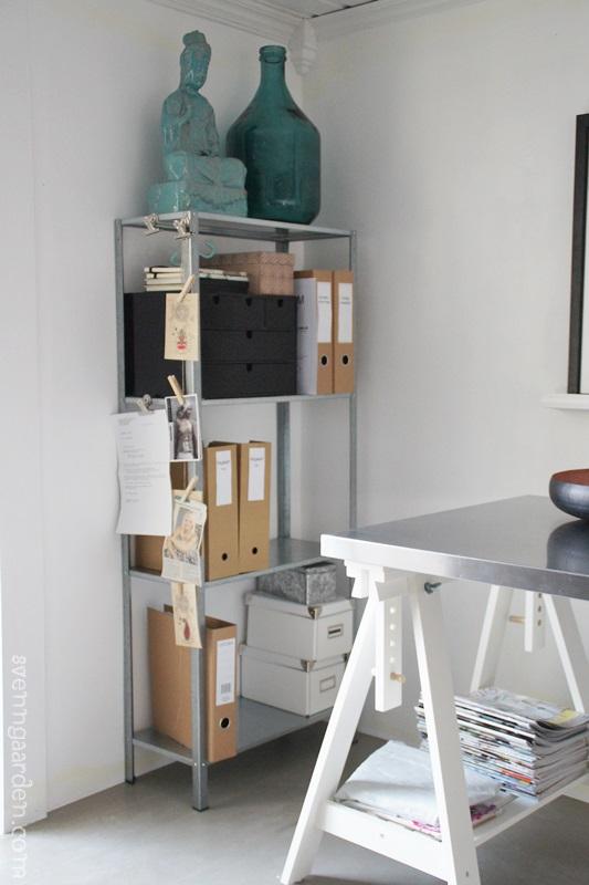 4 maneras de decorar una estanteria decorar tu casa es for Maneras de decorar tu casa